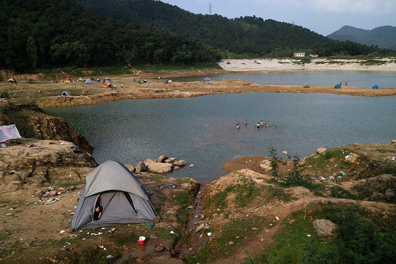 Du lịch gần Hà Nội tại Núi Hàm Lợn (Sóc Sơn)