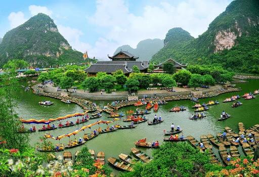 Tràng An- Du lịch Ninh Bình gần Hà Nội