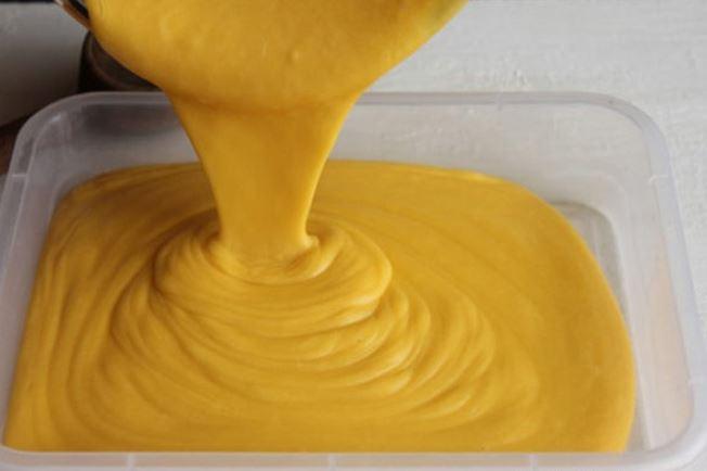làm kem xoài với sữa đặc tại nhà- bước 3