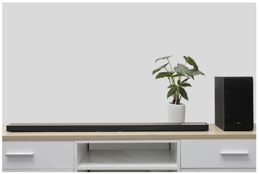 LG 4.1 SJ8 300W - Loa soundbar xem phim hay